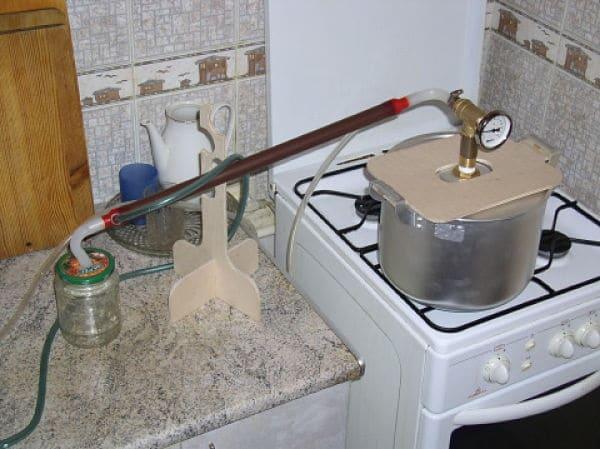 Фото самогонных аппаратов из кастрюли куплю домашнею пивоварню