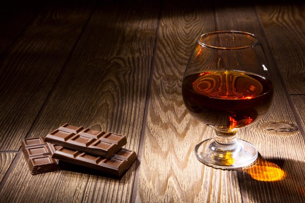 Домашний коньяк из чернослива с шоколадом