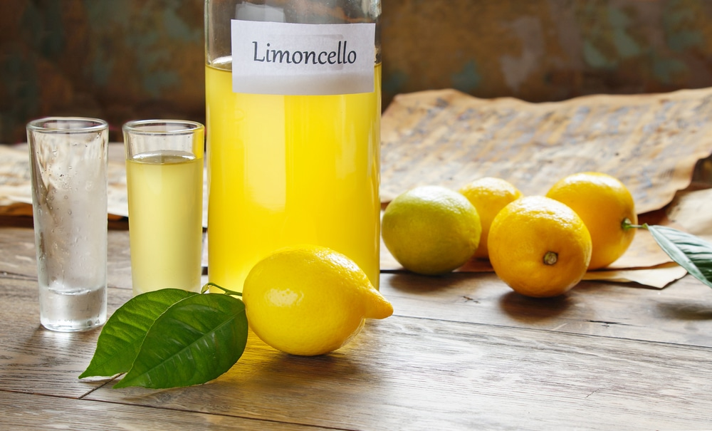 Лимонный самогон – как избавиться от горечи